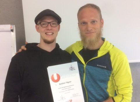 Bastian Tilgner besteht die Prüfung zum Übungsleiter des ÖFHF