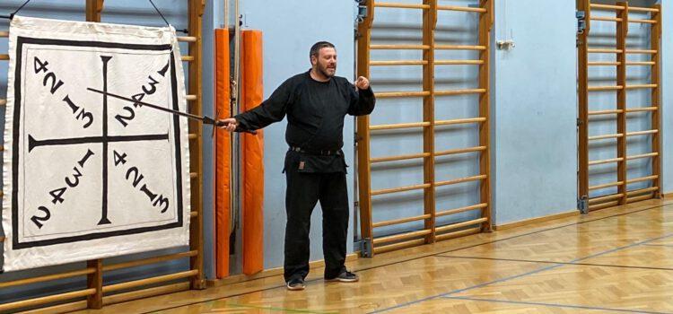 Ausbildung zum Kampfkunstlehrer / in